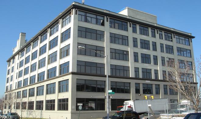 33-02 Skillman Av., LIC, NY