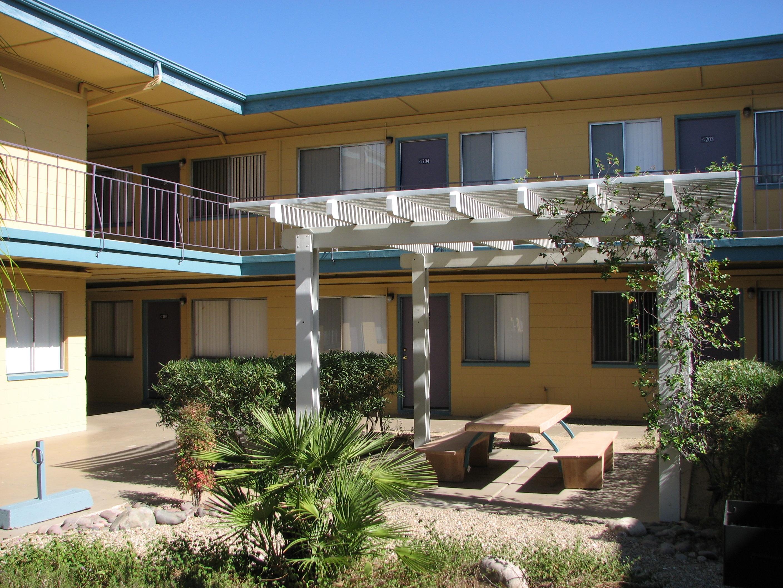 Palm Shadows Tucson Az First Pioneer Properties